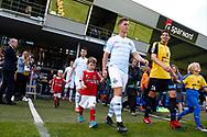 FODBOLD: Spillerne går på banen til kampen i ALKA Superligaen mellem Hobro IK og FC Helsingør den 16. juli 2017 på DS Arena i Hobro. Foto: Claus Birch