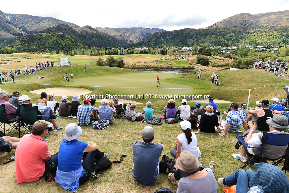 General view at the 10th Green during round 4 at The Hills during 2016 BMW ISPS Handa New Zealand Open. Sunday 13 March 2016. Arrowtown, New Zealand. Copyright photo: Andrew Cornaga / www.photosport.nz