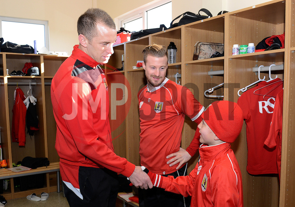 Connor meets Bristol City's Aaron Wilbraham - Photo mandatory by-line: Dougie Allward/JMP - Mobile: 07966 386802 - 01/04/2015 - SPORT - Football - Bristol - Bristol City Training Ground - HR Owen and SAM FM - Live like a footballer for a day