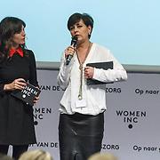 NLD/ALeiden/20160307 - Koningin Maxima bij bijeenkomst van Women Inc., Daphne Bunskoek in gesprek met Jacobine Geel