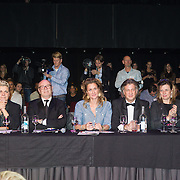 NLD/Hilversum/20131208 - Miss Nederland finale 2013, Juryleden William Rutten, Monica van Ee, Hans van der Veen, Paulien Huizinga, Farouk, Mies de Vries, Fred van Leer