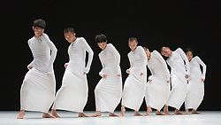 "© Licensed to London News Pictures. 20/10/2014. London, England. Pictured: Photocall of the UK premiere of the Sadler's Wells commision ""7"". TAO Dance Theatre performs a new double bill, 6 & 7, as part of Dance Umbrella 2014 at Sadler's Wells Theatre, London on 20 and 21 October 2014. Choreographed by Tao Ye with dancers Duan Ni, Lei Yan, Fu Liwei, Wang Mingchao, Mao Xue, Li Shunjie and Quian Tingting. Photo credit: Bettina Strenske/LNP"