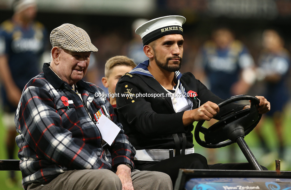 97 year old World War Two Veteran Lance Corporal Duncan Alexander Peat delivers the match ball as a tribute to all veterans prior to the Super Rugby match between the Highlanders and Sharks, Forsyth Barr Stadium, Dunedin, Friday, April 22, 2016. Photo: Dianne Manson / www.photosport.nz