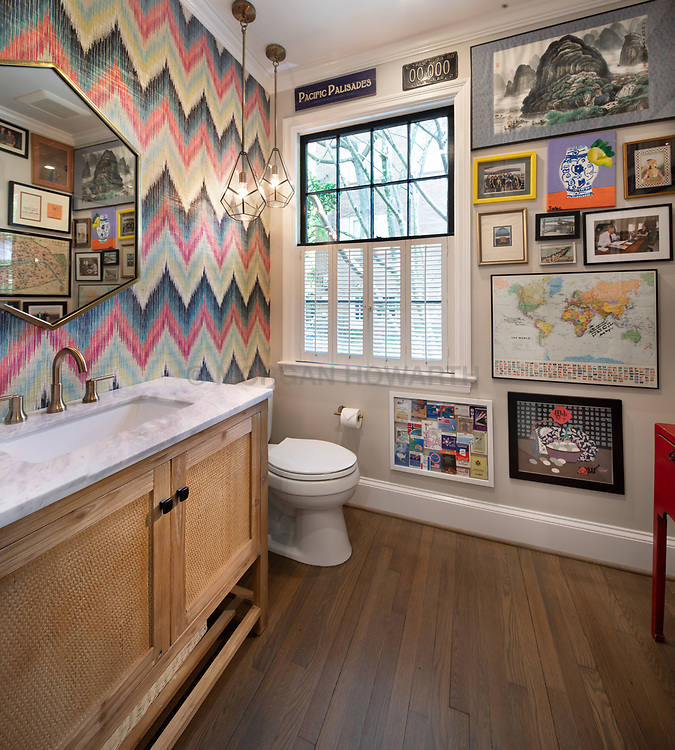 T_Street private home Bathroom