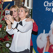 NLD/Amsterdam/20181206 - Sky Radio's Christmas Tree For Charity, Froukje de Both en Tanja Jess