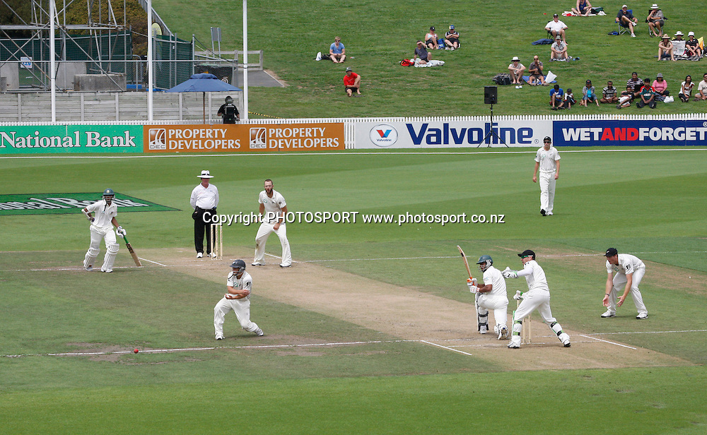 Day 3. Test match cricket. One off test.<br />New Zealand Black Caps versus Bangladesh.<br />Seddon Park, Hamilton, New Zealand.<br />Tuesday 17 February 2010.<br />Photo: Andrew Cornaga/PHOTOSPORT