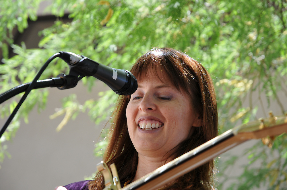 Jen Hajj competes in the 2011 Tucson Folk Festival Songwriting Contest. Event photography by Martha Retallick.