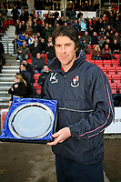 Fotball<br /> England<br /> Foto: Colorsport/Digitalsport<br /> NORWAY ONLY<br /> <br /> Darren Anderton with his presentation from Bournemouth after announcing his retirement  <br /> AFC Bournemouth vs Chester at Dean Court Bournemouth<br /> Coca-Cola Football League Two  6/12/2008.