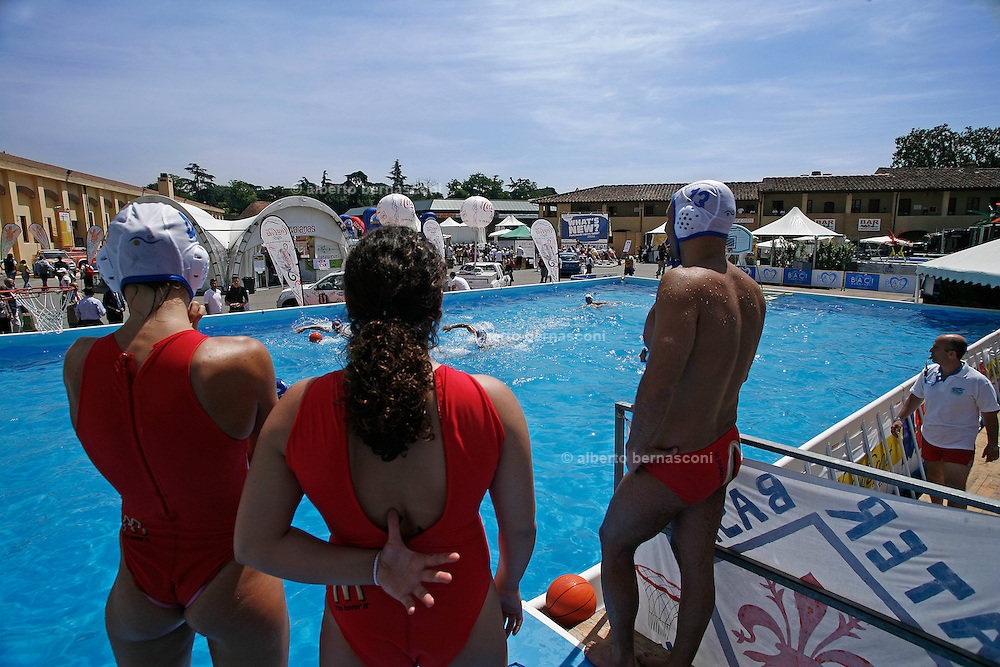Italy, Florence, Fortezza da Basso, Fitfestival, waterpolo competition
