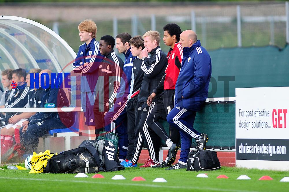 - Photo mandatory by-line: Dougie Allward/JMP - Tel: Mobile: 07966 386802 13/10/2013 - SPORT - FOOTBALL - WISE Campus - Bristol - Bristol City U18s v Sheffield United U18s - Youth League