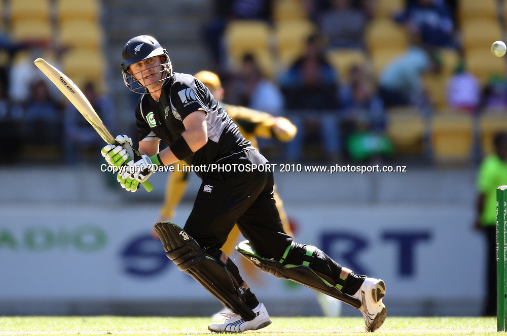 NZ batsman Scott Styris.<br /> Fifth Chappell-Hadlee Trophy one-day international cricket match - New Zealand v Australia at Westpac Stadium, Wellington. Saturday, 13 March 2010. Photo: Dave Lintott/PHOTOSPORT