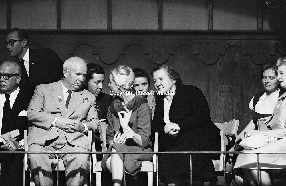 1959. On the set of the making of the musical Can Can, in Hollywood, Madame Khrushchev ( in black) trying to understand<br />