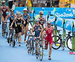 20.08.2016, Fort Copacabana, Rio de Janeiro, BRA, Rio 2016, Olympische Sommerspiele, Triathlon, Damen, im Bild Anna Maria Mazzetti (ITA), Sara Vilic (AUT) // Anna Maria Mazzetti of Italy Anna Maria Mazzetti (ITA) during the Womens Triathlon of the Rio 2016 Olympic Summer Games at the Fort Copacabana in Rio de Janeiro, Brazil on 2016/08/20. EXPA Pictures © 2016, PhotoCredit: EXPA/ Johann Groder