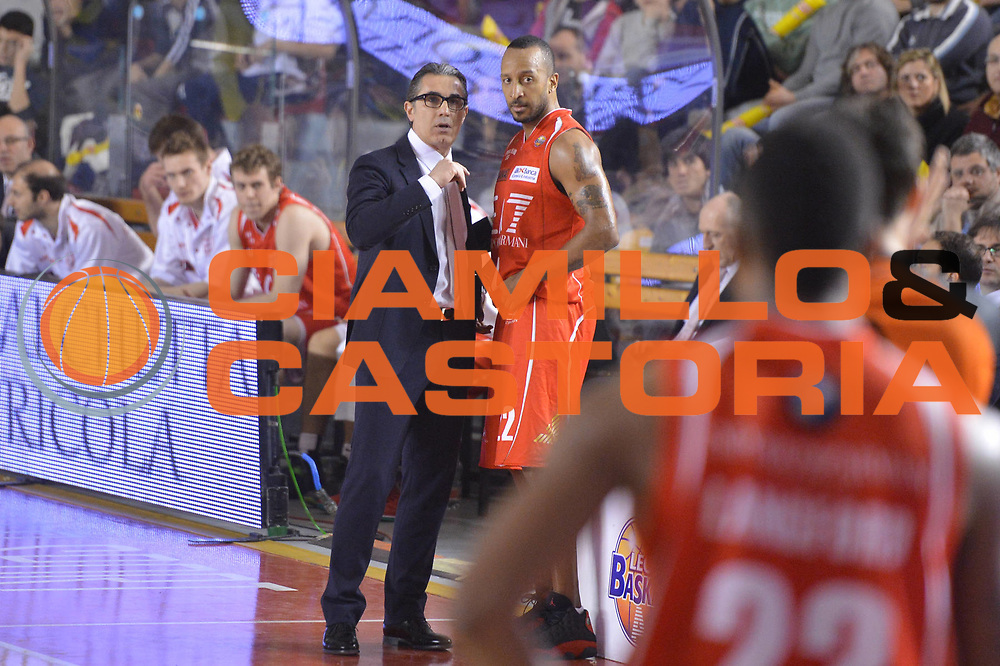 DESCRIZIONE : Roma Lega A 2012-13 Acea Roma EA7 Emporio Armani Milano<br /> GIOCATORE : Sergio Scariolo<br /> CATEGORIA : cambio<br /> SQUADRA : EA7 Emporio Armani Milano<br /> EVENTO : Campionato Lega A 2012-2013 <br /> GARA :  Acea Roma EA7 Emporio Armani Milano<br /> DATA : 17/02/2013<br /> SPORT : Pallacanestro <br /> AUTORE : Agenzia Ciamillo-Castoria/GiulioCiamillo<br /> Galleria : Lega Basket A 2012-2013  <br /> Fotonotizia : Roma Lega A 2012-13 Acea Roma EA7 Emporio Armani Milano<br /> Predefinita :