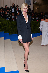 Karlie Kloss arriving at The Metropolitan Museum of Art Costume Institute Benefit celebrating the opening of Rei Kawakubo / Comme des Garcons : Art of the In-Between held at The Metropolitan Museum of Art  in New York, NY, on May 1, 2017. (Photo by Anthony Behar) *** Please Use Credit from Credit Field ***