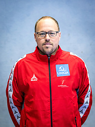 07.06.2016, BSFZ Südstadt, Maria Enzersdorf, AUT, ÖHB, Fototermin Herren Nationalteam, im Bild Co-Trainer Erwin Gierlinger (AUT)// during a Portrait Photoshoot of the Austrian men' s handball National Team at the BSFZ Südstadt, Maria Enzersdorf, Austria on 2016/06/07, EXPA Pictures © 2016, PhotoCredit: Stiegl/EXPA/Sebastian Pucher