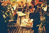 waiter serving the restaurant Pierre Gagnaire