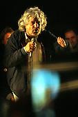 Beppe Grillo Bari