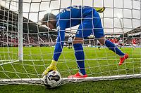 ALKMAAR - 19-03-2017, AZ - ADO Den Haag, AFAS Stadion, 4-0, teleurstelling na de 1-0 bij ADO Den Haag keeper Robert Zwinkels.