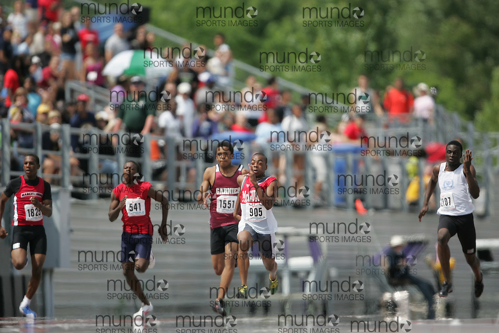 (London, Ontario}---04 June 2010) Andre Azonwanna-Ford of J. Cardinal McGuigan - Toronto competing in (905)\ the midget boys 100m final at the 2010 OFSAA Ontario High School Track and Field Championships. Photograph copyright Sean Burges / Mundo Sport Images, 2010.