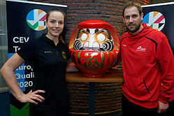 06–01-2020 NED: CEV Tokyo Volleyball European Qualification Women, Apeldoorn<br /> Press moment and representatives of the eight national teams for one spot Tokyo 2020 / Head Coach Felix Koslowski of Germany, Denise Hanke, captain of Germany and Daruma, the founder of the Zen.