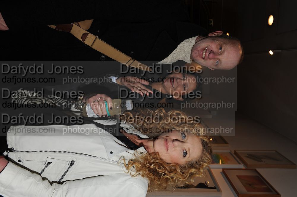 JOHNNIE SHAND-KYDD; ROSANN BENETT; KELLY HOPPEN, Vanity Fair  hosted  UK Premiere and party for Beyond Time. A film about the artist William Turnbull made by his son Alex Turnbull. Narrated by Jude Law. I.C.A. London. 17 November 2011<br /> <br />  , -DO NOT ARCHIVE-© Copyright Photograph by Dafydd Jones. 248 Clapham Rd. London SW9 0PZ. Tel 0207 820 0771. www.dafjones.com.