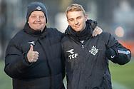 FODBOLD: Cheftræner Peter Feher og Lucas Lodberg (FC Helsingør) før træningskampen mellem FC Helsingør og AB den 19. januar 2019 på Snekkersten Idrætscenter. Foto: Claus Birch