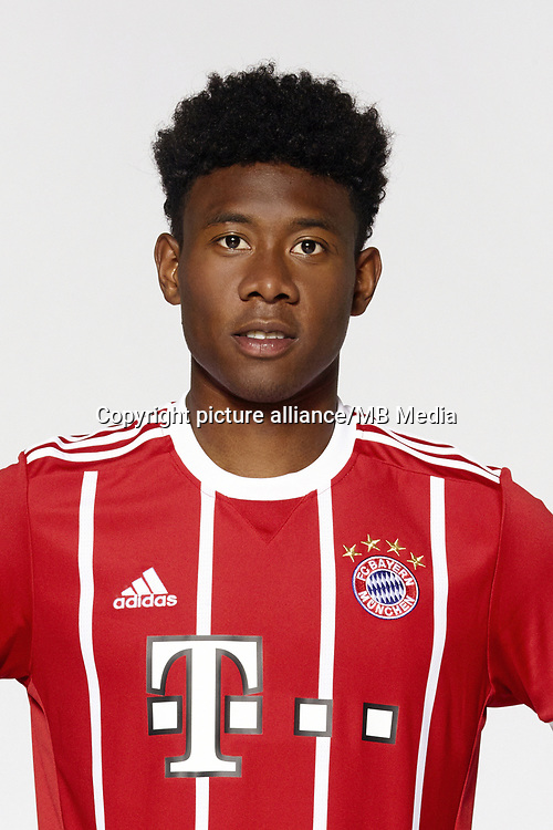 German Bundesliga, official photocall FC Bayern Munich for season 2017/18 in Munich, Germany: David Olatukunbo Alaba.  Foto: Peter Kneffel/dpa | usage worldwide