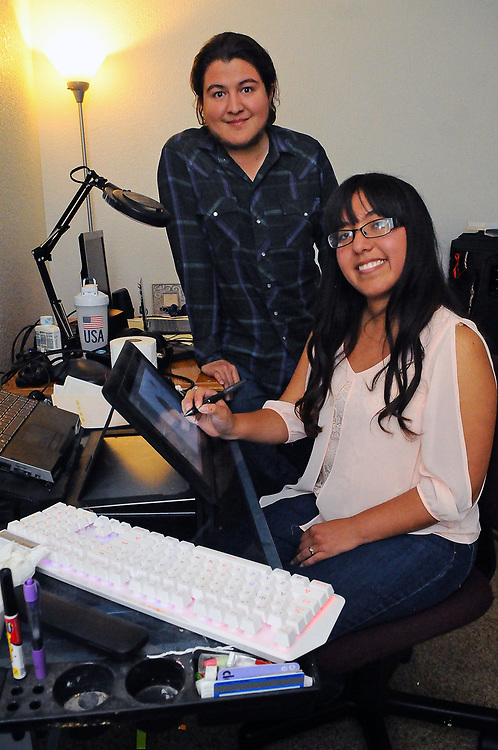 jt072017g/ spec sec/jim thompson/ Isabel and MarioLucero  produce a website, Heaven Sent Gaming.Thursday,  July. 20, 2017. (Jim Thompson/Albuquerque Journal)