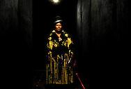 Abril y Mayo 2011/Bolivia<br /> Carmen Rosa La Luchadora Posa en un T&uacute;nel en la zona Sur de La Paz Bolivia<br /> <br /> Fotos:Juan Gonzalez