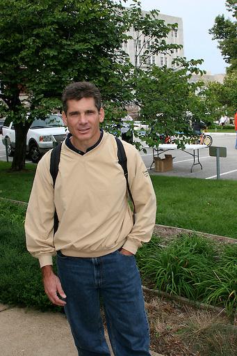 Tom Borich, Edward Jones Investment Reporesetative at the Jefferson City start of the Tour of Missouri - Stage 5, Saturday, September 15, 2007
