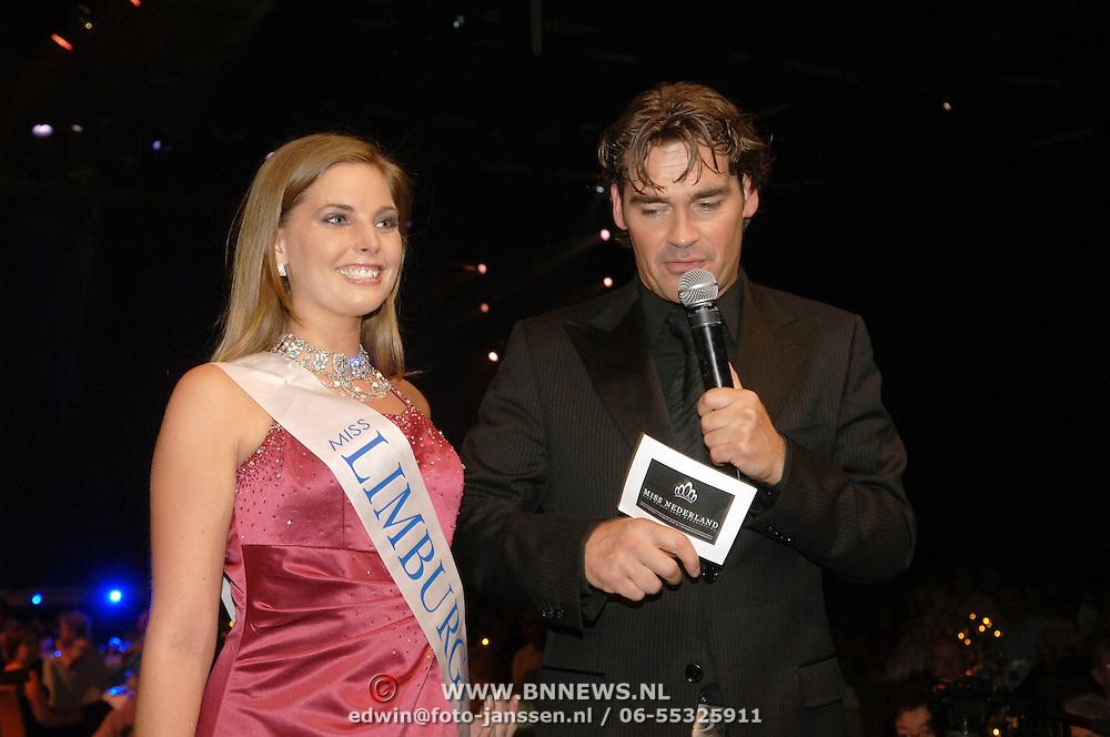 NLD/Hilversum/20060618 - Finale Miss Nederland 2006, Miss Limburg Kim Stijns en Jeroen van der Boom