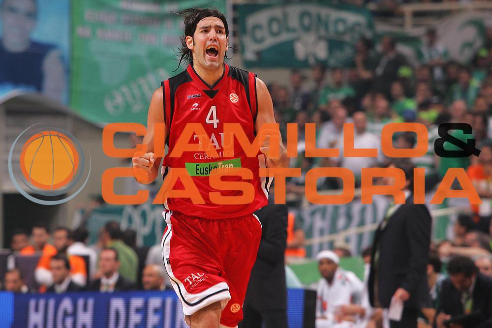 DESCRIZIONE : Atene Athens Eurolega Euroleague 2006-07 Final Four Finale 3-4 posto Unicaja Malaga Tau Vitoria <br /> GIOCATORE : Scola <br /> SQUADRA : Tau Vitoria <br /> EVENTO : Eurolega 2006-2007 Final Four Finale 3-4 posto <br /> GARA : Unicaja Malaga Tau Vitoria <br /> DATA : 06/05/2007 <br /> CATEGORIA : Esultanza <br /> SPORT : Pallacanestro <br /> AUTORE : Agenzia Ciamillo-Castoria/S.Silvestri