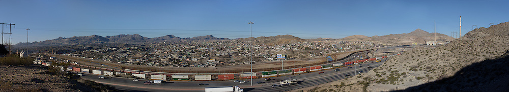 Panorama of Rio Grande / Rio Bravo at El Paso del Norte