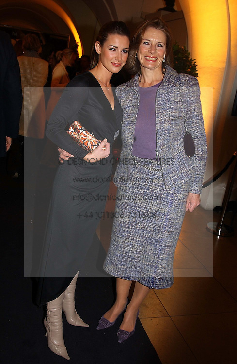 Left to right, tv presenter KIRSTY GALLACHER andher mother LESLEY GALLACHER<br />