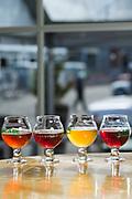 Suröls 'flight', flera små glas av öl för provsmakning, på Cascade Brewings krog The Barrel House i Portland, Oregon. <br /> Foto: Christina Sjögren