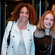 NLD/Amsterdam/20111017 - Premiere De Heineken Ontvoering, Antoinette Beumer en dochter
