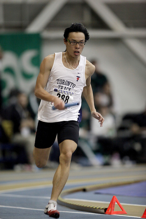 Windsor, Ontario ---13/03/09--- Calvin Chan of  the University of Toronto competes in the 4x200m Prelims at the CIS track and field championships in Windsor, Ontario, March 13, 2009..Sean Burges Mundo Sport Images