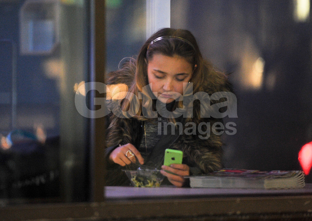 Singer Lauren Platt having a quiet lunch alone in London. The Xfactor finalist who has recently split from her boyfriend Liam Baker and rumoured to been linked to One Direction's Niall Horan though she said they are just friends... UK. 03/12/14<br />