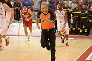 DESCRIZIONE : Pistoia Lega serie A 2013/14 Giorgio Tesi Group Pistoia Victoria Libertas Pesaro<br /> GIOCATORE : arbitro<br /> CATEGORIA : contropiede<br /> SQUADRA : Giorgio Tesi Group Pistoia<br /> EVENTO : Campionato Lega Serie A 2013-2014<br /> GARA : Giorgio Tesi Group Pistoia Victoria Libertas Pesaro<br /> DATA : 24/11/2013<br /> SPORT : Pallacanestro<br /> AUTORE : Agenzia Ciamillo-Castoria/GiulioCiamillo<br /> Galleria : Lega Seria A 2013-2014<br /> Fotonotizia : Pistoia Lega serie A 2013/14 Giorgio Tesi Group Pistoia Victoria Libertas Pesaro<br /> Predefinita :