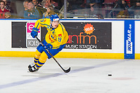 KELOWNA, BC - DECEMBER 18:  Filip Hållander #19 of Team Sweden skates for the puck against Team Sweden at Prospera Place on December 18, 2018 in Kelowna, Canada. (Photo by Marissa Baecker/Getty Images)***Local Caption***