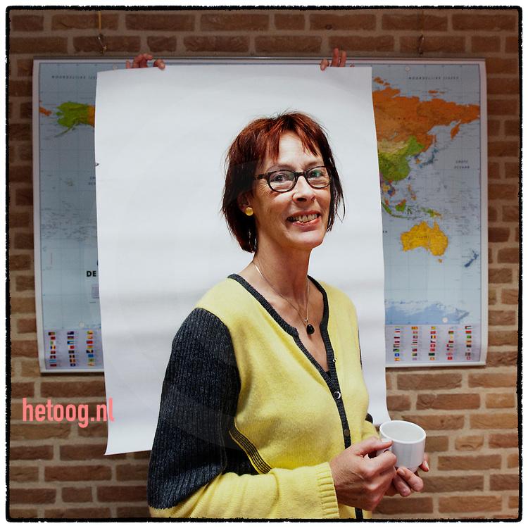 nederland, Steenwijk  03april2012 vrijwilligerssteunpunt Timpaan Yvonne Stavenuiter