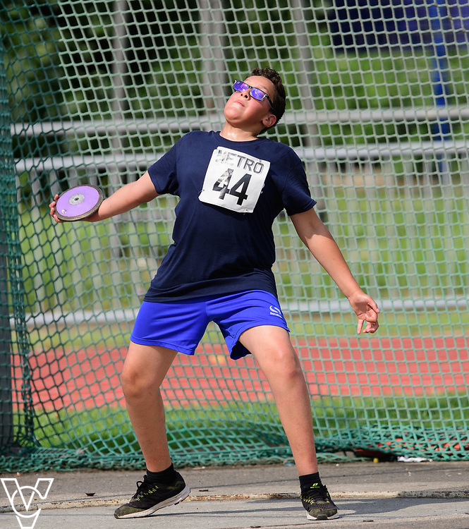 Metro Blind Sport's 2017 Athletics Open held at Mile End Stadium.  Discus.  Ryley Hector<br /> <br /> Picture: Chris Vaughan Photography for Metro Blind Sport<br /> Date: June 17, 2017