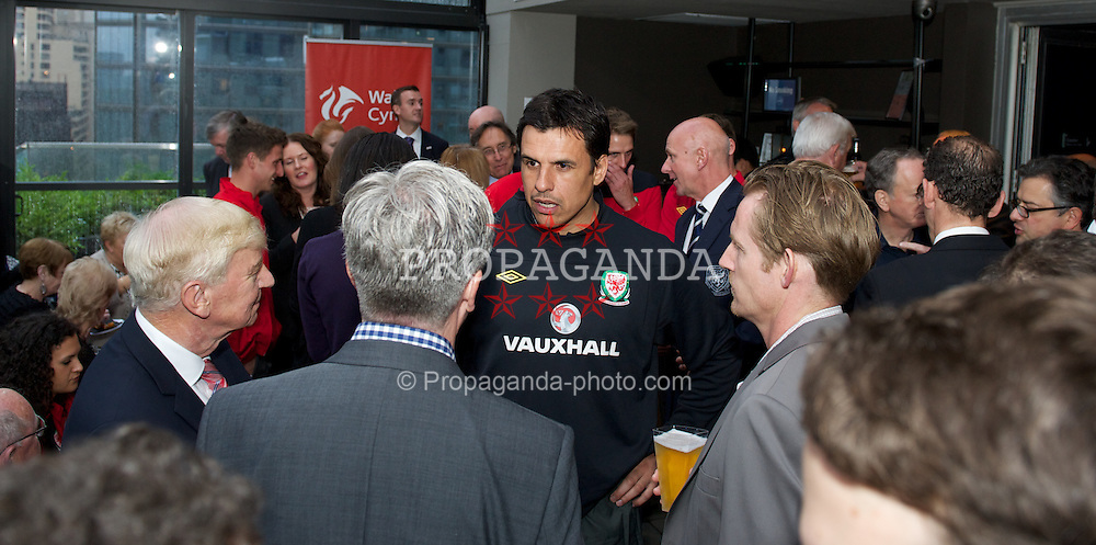 NEW YORK, NEW YORK, USA - Thursday, May 24, 2012: Wales' manager Chris Coleman at a networking event in the Columbus Hotel in Manhattan ahead of the friendly match against Mexico. (Pic by David Rawcliffe/Propaganda)