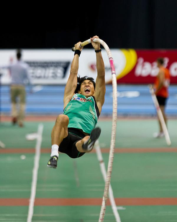 New Balance Indoor Grand Prix track meet: Men's Pole Vault, Yoo-Suk Kim