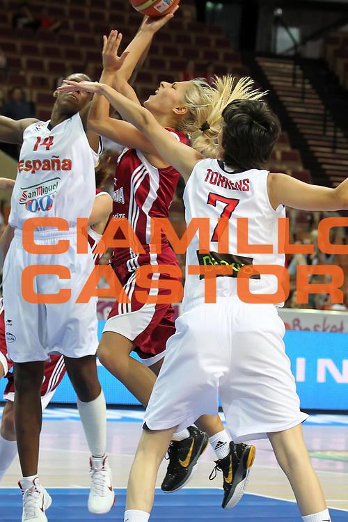 DESCRIZIONE : Katowice Poland Polonia Eurobasket Women 2011 Round 2 Spagna Lettonia Spain Latvia<br /> GIOCATORE : Elina Babkina<br /> SQUADRA : Latvia Lettonia<br /> EVENTO : Eurobasket Women 2011 Campionati Europei Donne 2011<br /> GARA : Spagna Lettonia Spain Latvia<br /> DATA : 24/06/2011<br /> CATEGORIA : <br /> SPORT : Pallacanestro <br /> AUTORE : Agenzia Ciamillo-Castoria/E.Castoria<br /> Galleria : Eurobasket Women 2011<br /> Fotonotizia : Katowice Poland Polonia Eurobasket Women 2011 Round 2 Spagna Lettonia Spain Latvia<br /> Predefinita :