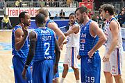 DESCRIZIONE : Cantu, Lega A 2015-16 Acqua Vitasnella Cantu' Enel Brindisi<br /> GIOCATORE : Andrea Zerini<br /> CATEGORIA : Fair Play<br /> SQUADRA : Enel Brindisi<br /> EVENTO : Campionato Lega A 2015-2016<br /> GARA : Acqua Vitasnella Cantu' Enel Brindisi<br /> DATA : 31/10/2015<br /> SPORT : Pallacanestro <br /> AUTORE : Agenzia Ciamillo-Castoria/I.Mancini<br /> Galleria : Lega Basket A 2015-2016  <br /> Fotonotizia : Cantu'  Lega A 2015-16 Acqua Vitasnella Cantu'  Enel Brindisi<br /> Predefinita :