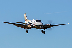 Beech C90A King Air (N8096U) on approach to Palo Alto Airport (KPAO), Palo Alto, California, United States of America