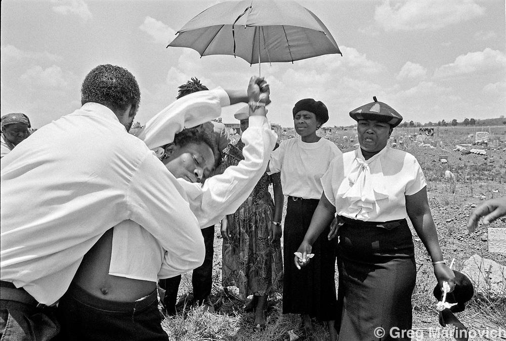 Ratunda funeral, 1992. Greg Marinovich