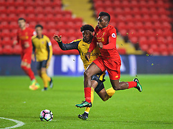 LIVERPOOL, ENGLAND - Monday, December 12, 2016: Liverpool's Sheyi Ojo in action against Arsenal's Ainsley Maitland-Niles during FA Premier League 2 Division 1 Under-23 match at Anfield. (Pic by David Rawcliffe/Propaganda)